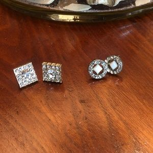 BRAND UNKNOWN|TWO SETS OF EARRINGS|NS